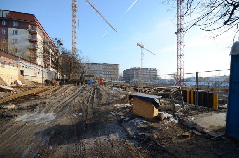 budowa nowego bloku w śródmieściu Wrocławia
